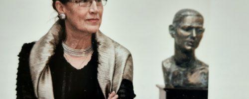 Locuind în iubire, la Breaza – doamna Elena Surdu Stănescu.